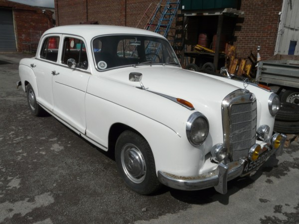 Classic 1956 Mercedes Benz 220S Ponton - Sold for £5000.00